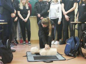 Szkolenie z zakresu udzielania pierwszej pomocy przedmedycznej w Akademickim Liceum Ogólnokształcącym