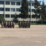 Uczniowie ALO na uroczystości pożegnania dowódcy Jednostki Wojskowej